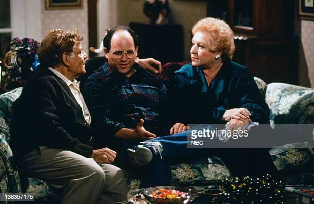SEINFELD The NonFat Yogurt Episode 7 Pictured Jerry Stiller as Frank Costanza Jason Alexander as George Costanza Estelle Harris as Estelle Costanza