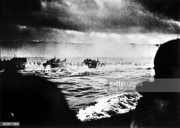 June 6 1944 the English troops arriving on the French coast