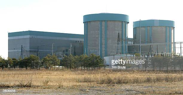The north facade of the Zion Generating Station is seen December 12 2003 in Zion Illinois The Zion Station located on the western shore of Lake...