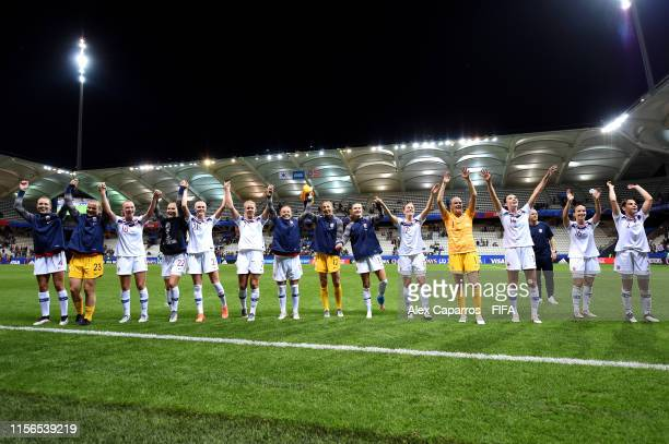 The Norway team celebrate victory after the 2019 FIFA Women's World Cup France group A match between Korea Republic and Norway at Stade Auguste...