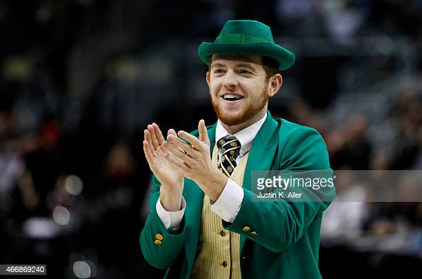 7f97d496ad82ea The Notre Dame Fighting Irish mascot the Notre Dame Leprechaun performs in  the first half against