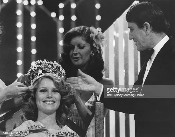 The NSW Premier Neville Wran crowns Miss Australia 1978 Gloria Krope 26 October 1977 SMH Picture by MARTIN BRANNAN