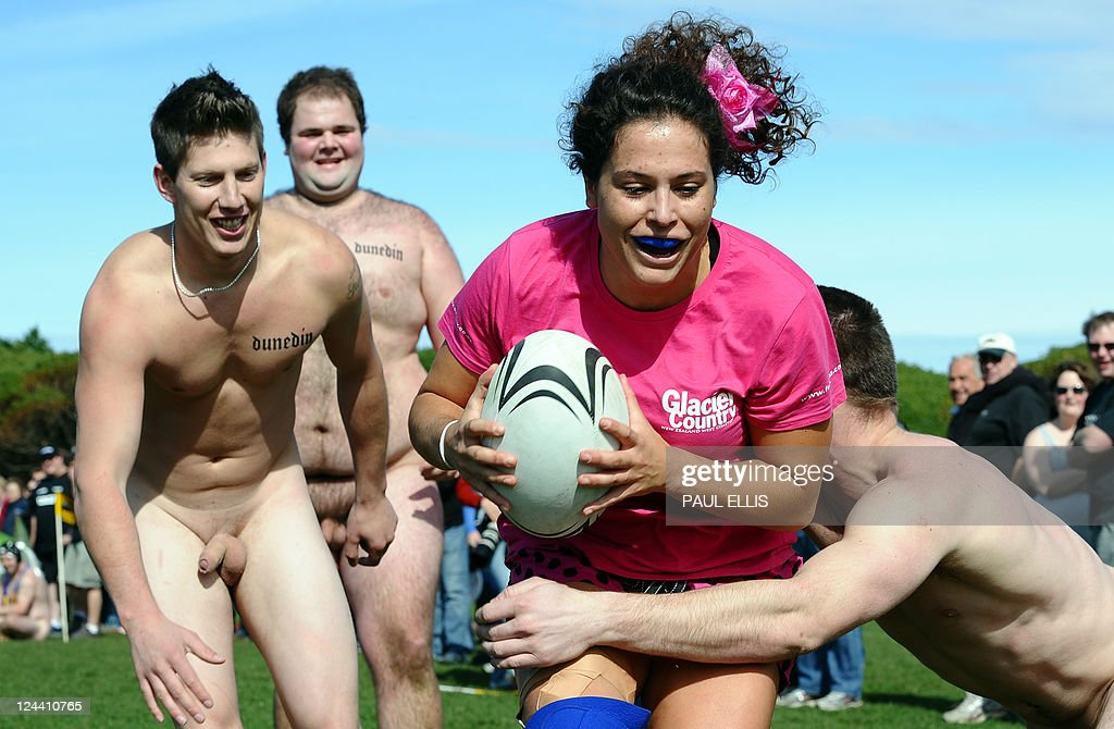 rugby-nude-naked-public
