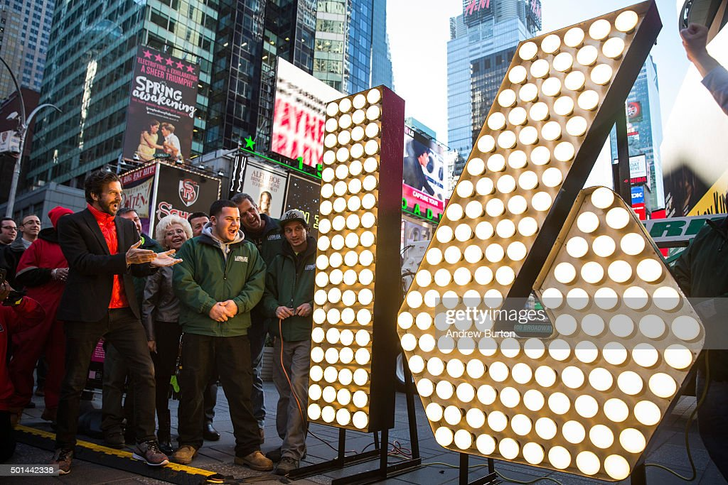 Numerals To Be Used In New York City's New Year's Eve Celebration Arrive In Times Square : News Photo