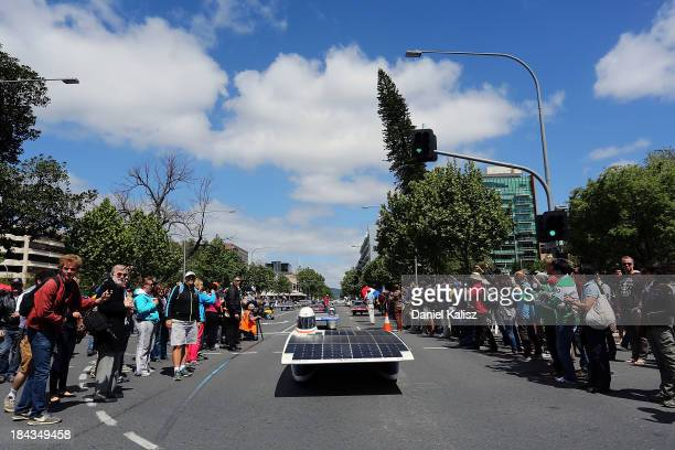 The NUNA7, Nuon Solar Team of the Delft University of Technology, Challenger Class from the Netherlands takes part in the 2013 World Solar Challenge...