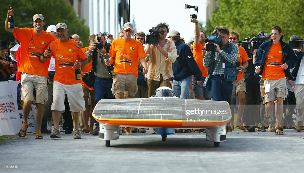Finish Of Solar Car Race Pictures Getty Images