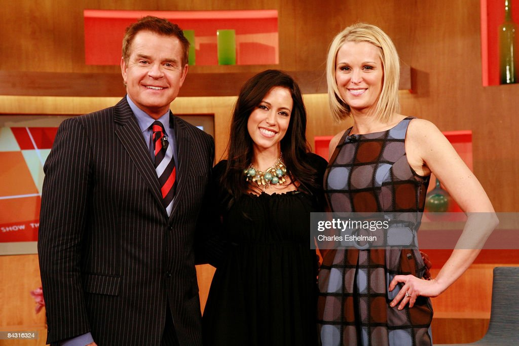 """The Obama Girl"" Amber Ettinger Visits FOX's ""The Morning Show with Mik : News Photo"