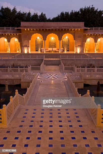 the oberoi amarvilas hotel, agra, india - agra stock pictures, royalty-free photos & images