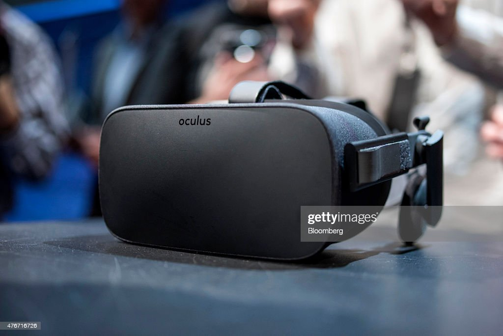The Oculus VR Inc. Rift headset is displayed for a photograph during the 'Step Into The Rift' event in San Francisco, California, U.S., on Thursday, June 11, 2015. Facebook Inc.'s Oculus virtual-reality headsets will work with Microsoft Corp.'s Windows 10 and use the software maker's wireless Xbox game controller. Photographer: David Paul Morris/Bloomberg via Getty Images
