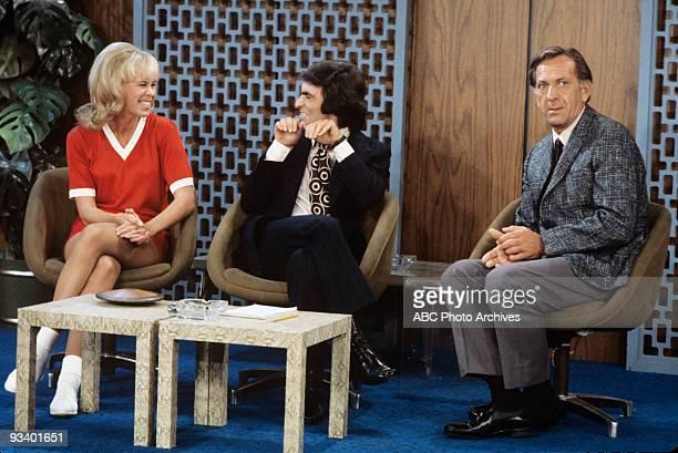 COUPLE The Odd Couple Meet Their Host 11/19/71 Janis Hansen David Steinberg Jack Klugman