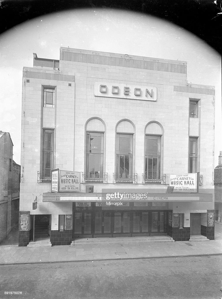The Odeon Cinema in Kingston Upon Thames. March 1935 2099 : News Photo