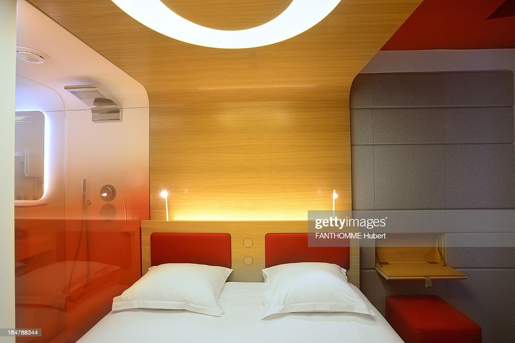 Favori Designer Hotels in Paris Photos and Images | Getty Images OS69