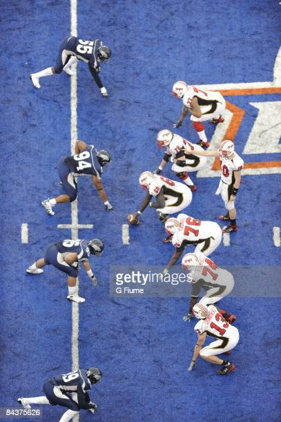 The offensive of the Maryland Terrapins line up against the defense of the Nevada Wolf Pack in the Roady's Humanitarian Bowl on December 30, 2008 at...