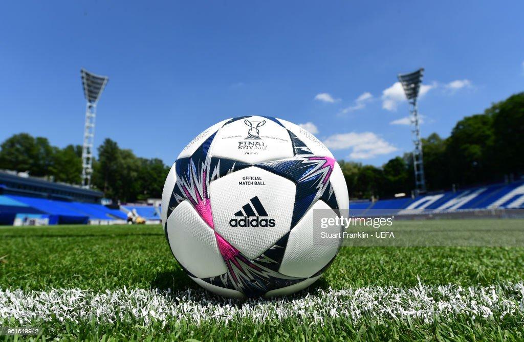 VfL Wolfsburg v Olympique Lyonnais  - UEFA Womens Champions League Final Previews