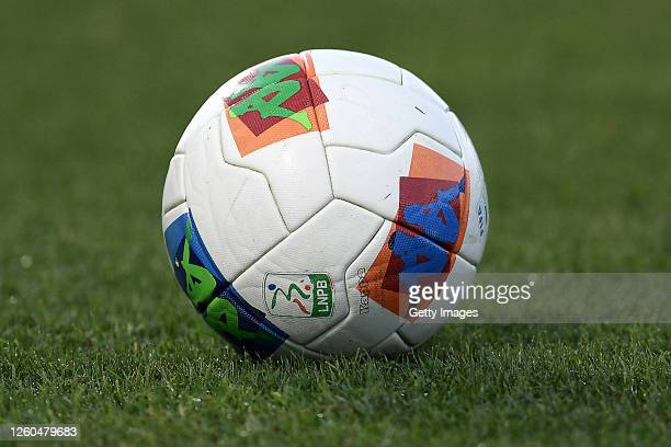 The official match ball is seen on the pitch prior to the Serie B match between SC Pisa and Ascoli Calcio at Arena Garibaldi on July 27, 2020 in...