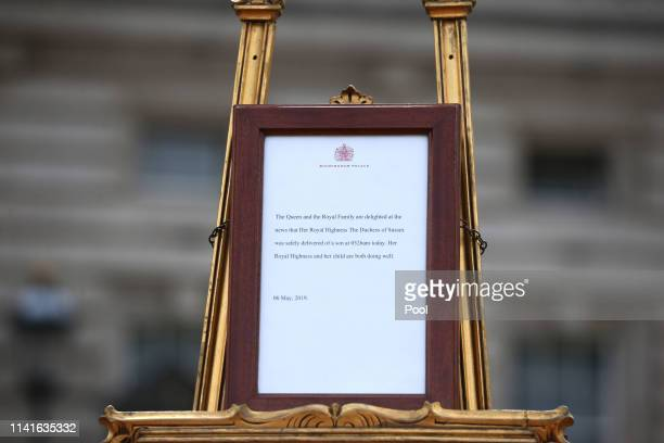 The official notice of the birth of a baby boy to the Duke and Duchess of Sussex is placed outside Buckingham Palace on May 6 2019 in London United...