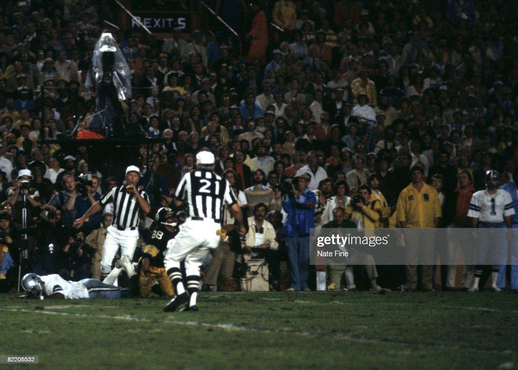 Super Bowl XIII - Pittsburgh Steelers vs Dallas Cowboys - January 21, 1979 : News Photo