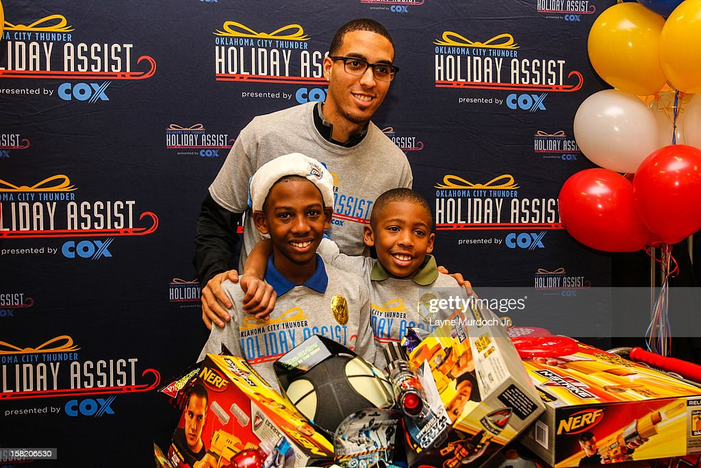 Oklahoma City Thunder Holiday Assist Shopping Spree : News Photo