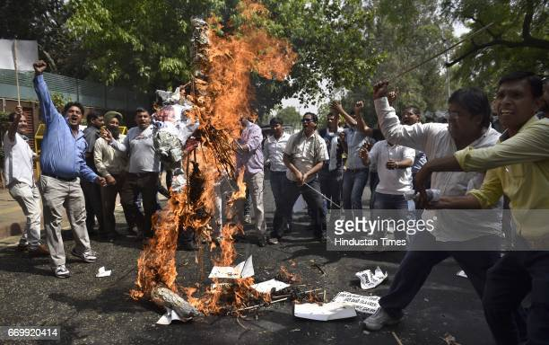 The Ola Uber drivers protesting against the Government's Policy at Delhi CM Arvind Kejriwal's House in Civil Line on April 18 2017 in New Delhi India...