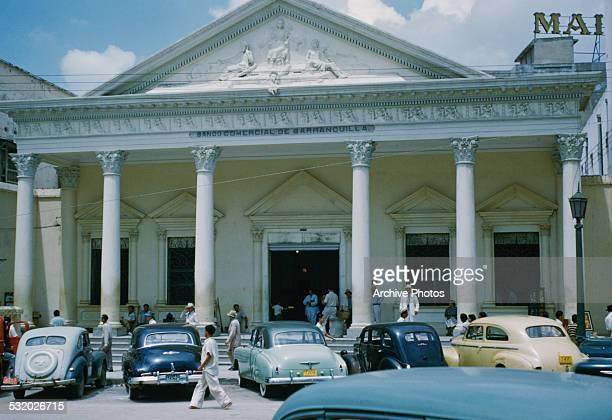 The old Banco Comercial de Barranquilla, a bank built in the neoclassical style in the Plaza de San Nicolas, Barranquilla, Colombia, South America,...