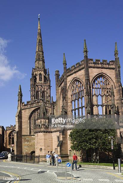 the old coventry cathedral, coventry, west midlands, england - coventry stock pictures, royalty-free photos & images