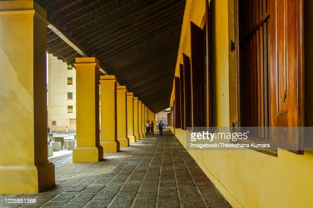 the old dutch hospital, colombo. - imagebook stock pictures, royalty-free photos & images