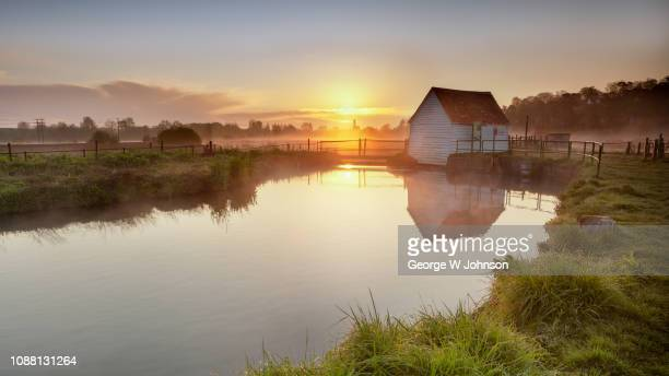 the old fishing hut - hertford hertfordshire stockfoto's en -beelden