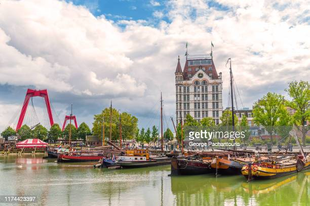 the old harbor in rotterdam, the netherlands - rotterdam stock pictures, royalty-free photos & images