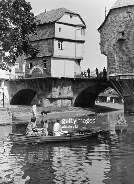 The old Nahebrücke with the Old Town houses Wolff Tritschler Vintage property of ullstein bild