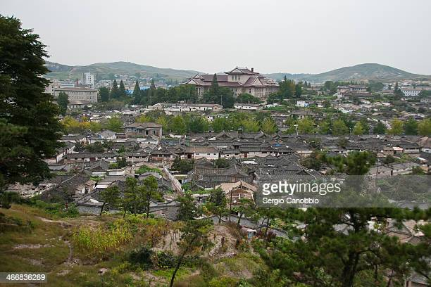 The old part of Kaesong city is one of the rare examples of traditional korean houses preserved in DPRK. It is said that Kim Il-sung observed the...