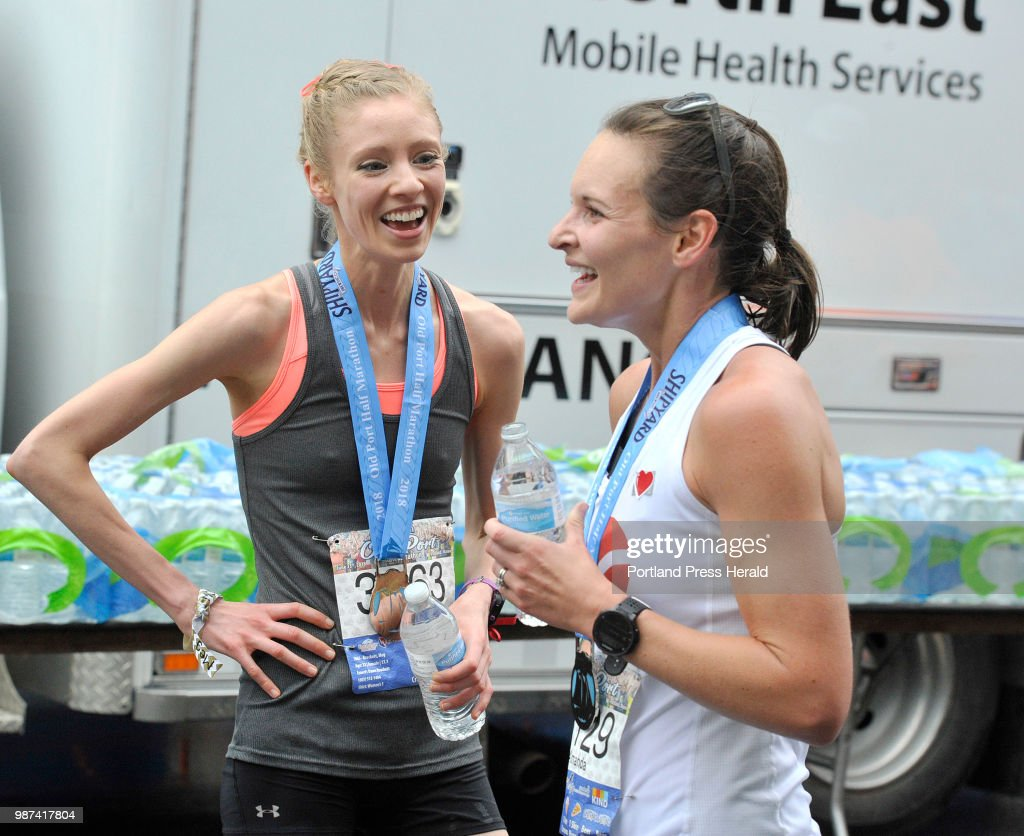 the old port half marathon had over 3000 runners participatiing in