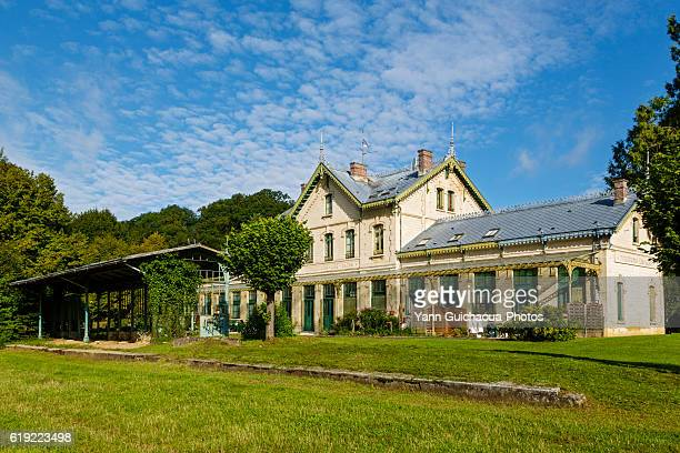 the old station building at pierrefonds les bains, oise,picardy, france - oise stock photos and pictures