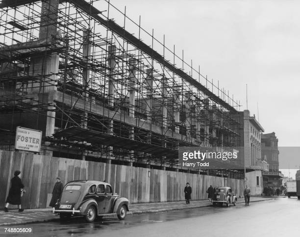The Old Vic annexe under construction next to The Old Vic theatre on The Cut in Lambeth London 10th January 1958 Built on a former bomb site the...