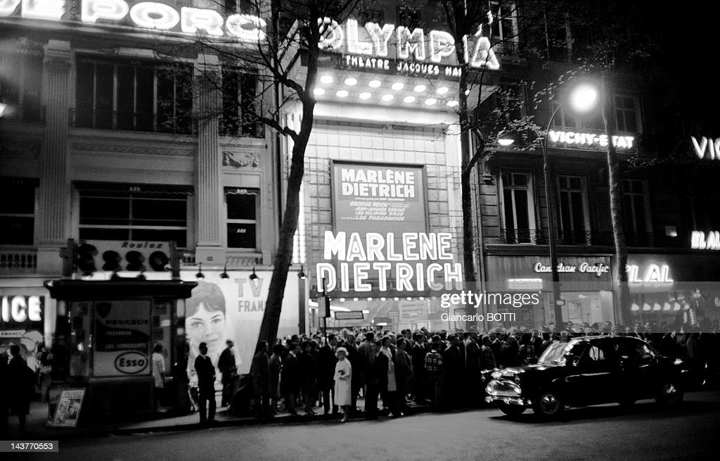 Concert of Marlene Dietrich at Olympia Music Hall : News Photo