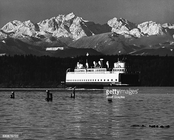 The Olympic mountains surround the Kingston Ferry