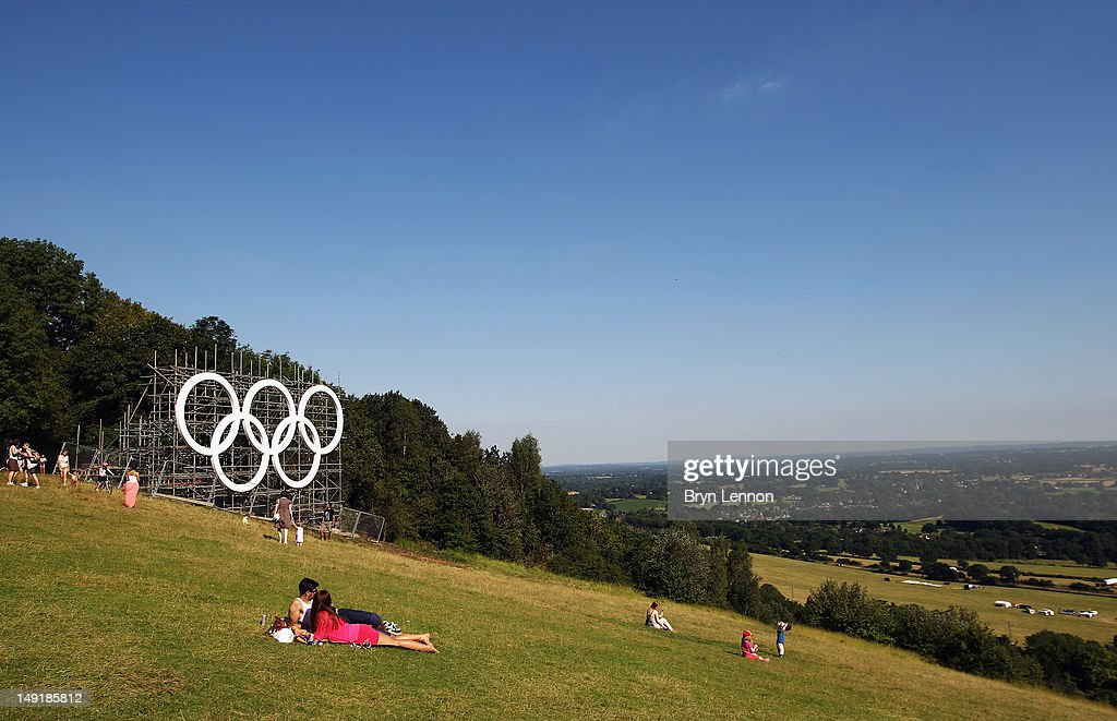 The Olympic rings are seen at the top of Box Hill on July 24, 2012 in Surrey, England. (Photo by Bryn Lennon/Getty Images). Box Hill features prominently in the route of the Olympic cycling road races. The men will climb it nine times and the women twice.