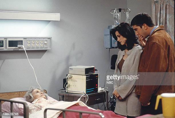 "The One Where Nana Dies Twice"" Episode 8 -- Pictured: Alice Drummond as Nana, Courteney Cox as Monica Geller, David Schwimmer as Ross Geller"