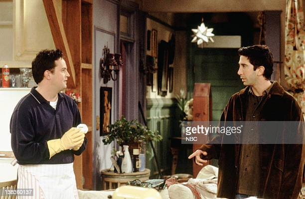 """The One Where Phoebe Runs"""" Episode 7 -- Aired 11/11/99 -- Pictured: Matthew Perry as Chandler Bing, David Schwimmer as Ross Geller"""