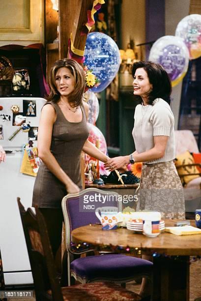 FRIENDS 'The One Where Rachel Finds Out' Episode 124 Pictured Jennifer Aniston as Rachel Green Courteney Cox as Monica Geller