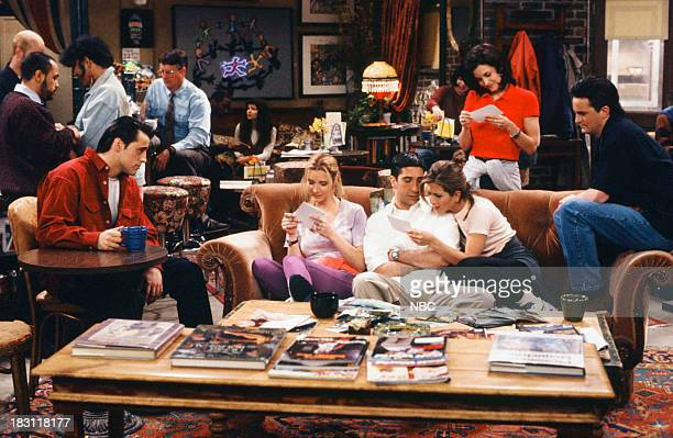 "The One Where Rachel Finds Out"" Episode 124 -- Pictured: Matt LeBlanc as Joey Tribbiani, Lisa Kudrow as Phoebe Buffay, David Schwimmer as Ross..."