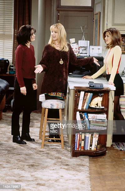 FRIENDS The One Where Ross and RachelYou Know Episode 15 Pictured Courteney Cox Arquette as Monica Geller Lisa Kudrow as Phoebe Buffay Jennifer...