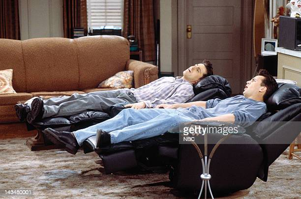 FRIENDS 'The One Where Ross and RachelYou Know' Episode 15 Pictured Matt LeBlanc as Joey Tribbiani Matthew Perry as Chandler Bing
