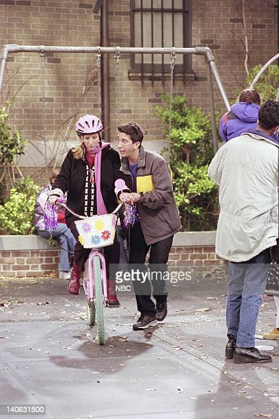 """The One With All The Candy"""" -- Episode 9 -- Aired 12/7/2000 -- Pictured: Lisa Kudrow as Phoebe Buffay, David Schwimmer as Ross Geller -- Photo by:..."""