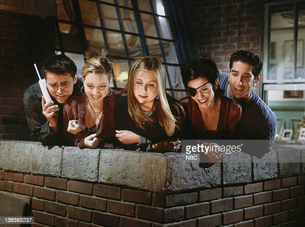 "The One with Chandler in a Box"" Episode 8 -- Pictured: Matt LeBlanc as Joey Tribbiani, Lisa Kudrow as Phoebe Buffay, Jennifer Aniston as Rachel..."