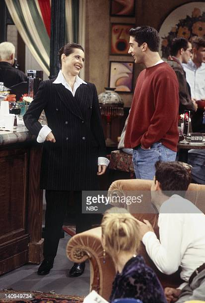 """The One with Frank Jr."""" Episode 5 -- Pictured: Isabella Rossellini as Herself, David Schwimmer as Ross Geller, Lisa Kudrow as Phoebe Buffay, Matthew..."""