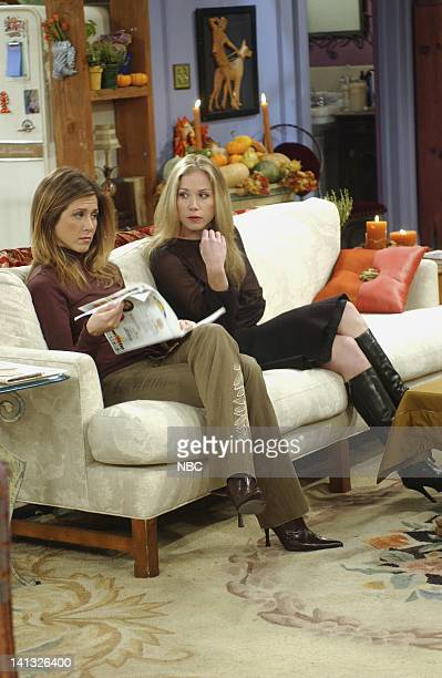 FRIENDS 'The One With Rachel's Other Sister' Episode 8 Aired Pictured Jennifer Aniston as Rachel Green Christina Applegate as Amy Green Photo Danny...