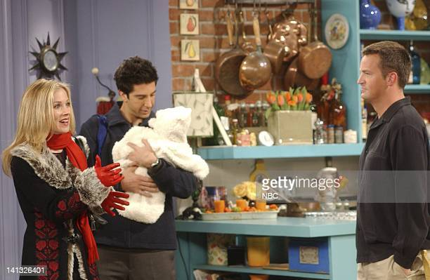 """The One With Rachel's Other Sister"""" -- Episode 8 -- Aired -- Pictured: Christina Applegate as Amy Green, David Schwimmer as Ross Geller, Matthew..."""