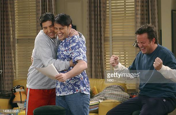 """The One With The Baby Shower""""-- Episode 20 -- Aired 4/25/2002 -- Pictured : David Schwimmer as Ross Geller, Matt LeBlanc as Joey Tribbiani, Matthew..."""