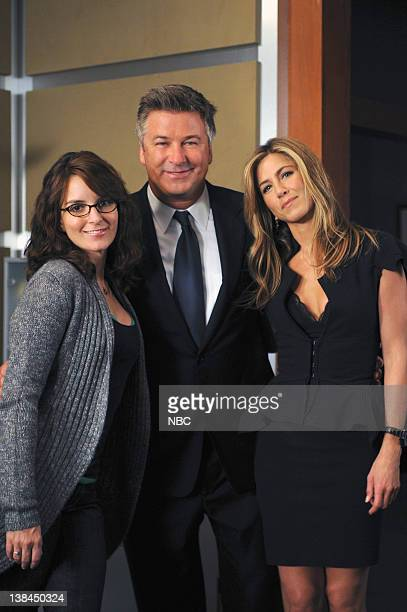 30 ROCK The One with the Cast of Night Court Episode 3 Pictured Tina Fey as Liz Lemon Alec baldwin as Jack Donaghy Jennifer Aniston as Claire Harper