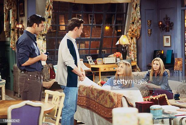"""The One with the Dirty Girl"""" Episode 6-- Pictured: David Schwimmer as Ross Geller, Matthew Perry as Chandler Bing, Jennifer Aniston as Rachel Green,..."""